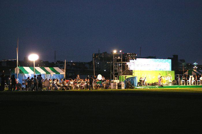 多摩川&たまがわ花火大会(世田谷&川崎)の鑑賞風景2