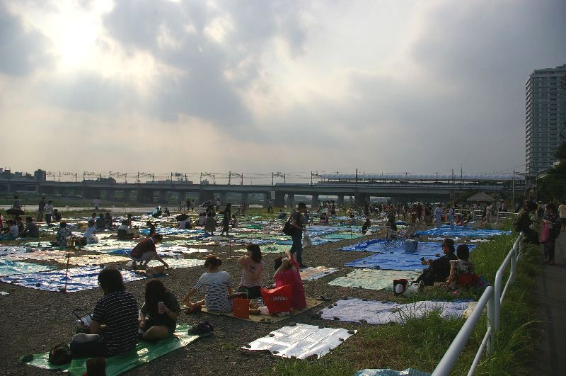 定点Cの多摩川&たまがわ花火大会の混雑状況@二子玉川09年