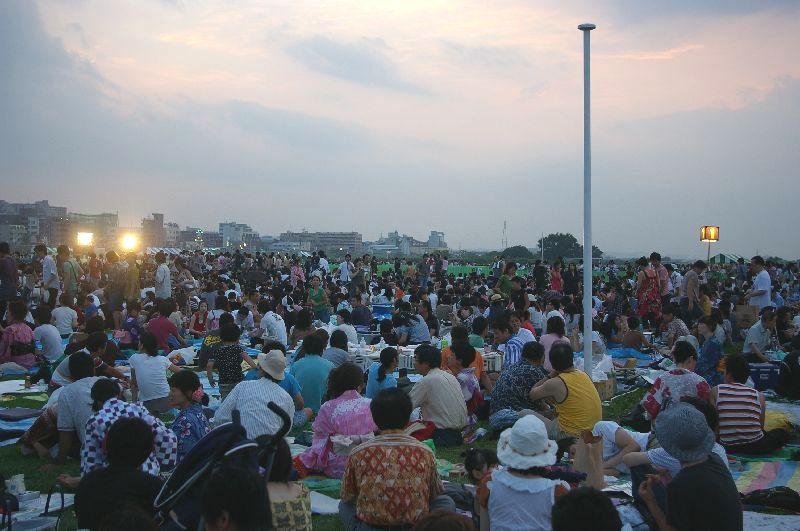 定点1の多摩川&たまがわ花火大会の混雑状況@二子玉川09年