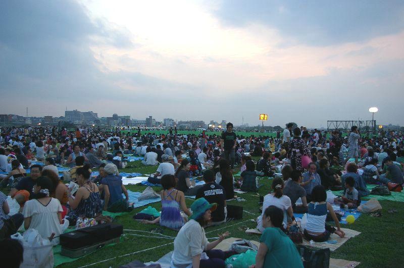 定点2の多摩川&たまがわ花火大会の混雑状況@二子玉川09年